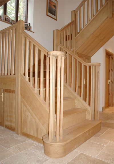 Solid oak staircase | Andrew Lane Furniture