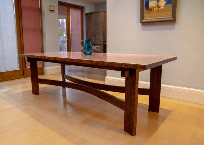 ALF_Dining Table sideview
